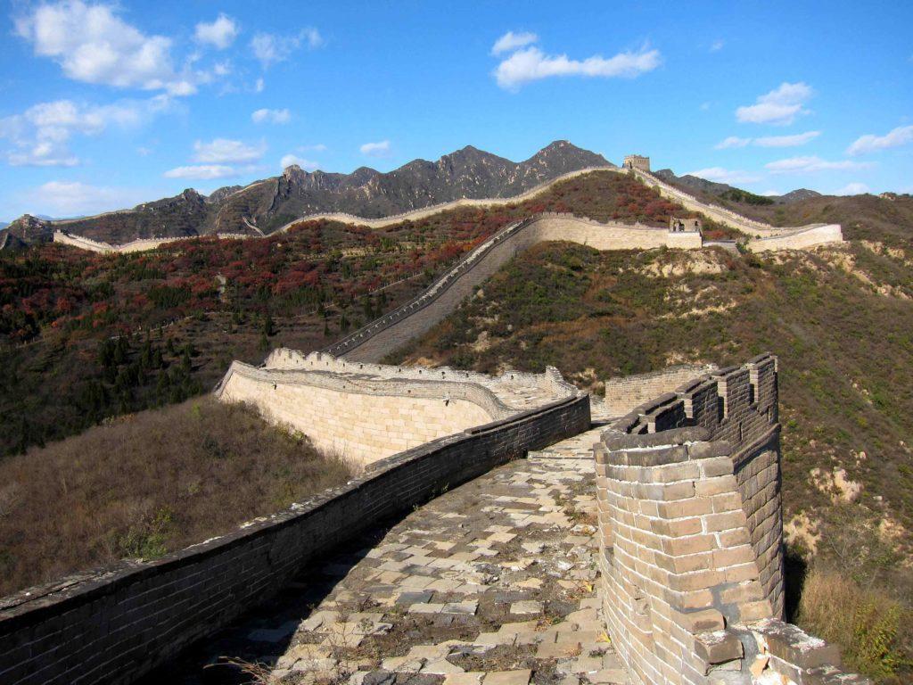 Начало великой китайской стены