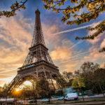 Знаменитые достопримечательности: Эйфелева башня